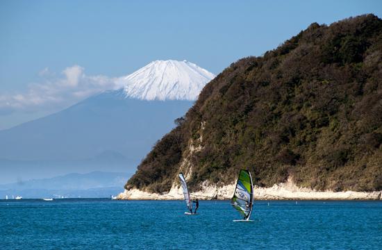 空気が澄んだ晴天に恵まれて、くっきり富士山が見えました。美しい!